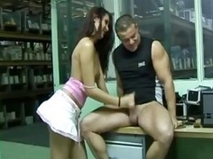 Amateur teeb handjob in the office