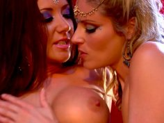 Hot Jayden Jaymes and Samantha Ryan have tantric sex