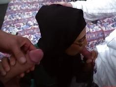 English Boss man bangs Arab gals pussy so hard
